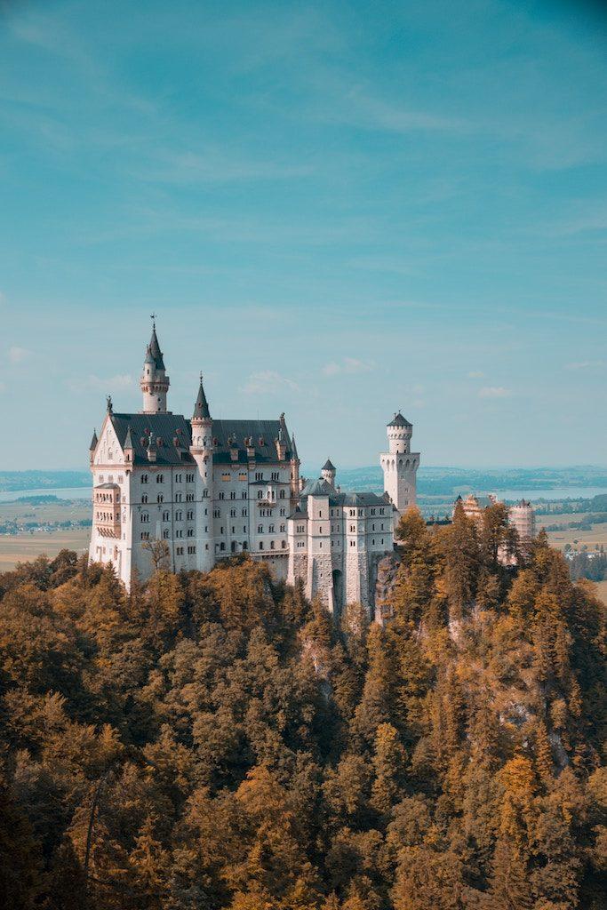 Einzigartiger Luxus: Umbauten von Schloss zu Haus (Foto: Eric Marty on Unsplash)